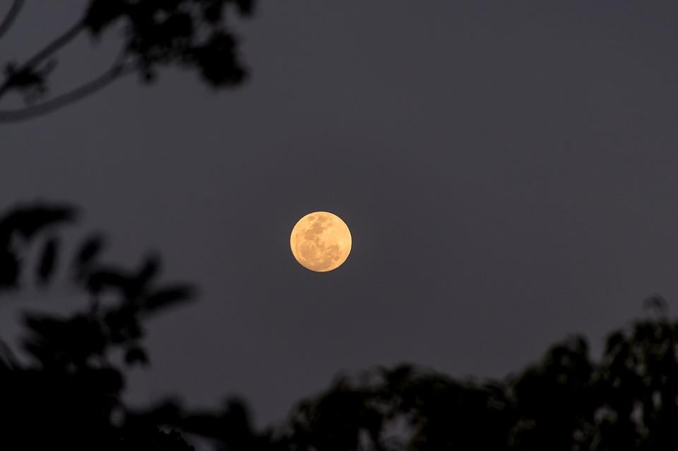 Spln Mesiaca v Rybách 21. september 2021 AnteAr